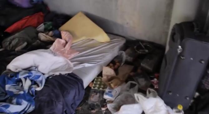 Вижте как живеят бездомниците в Мадрид (видео)