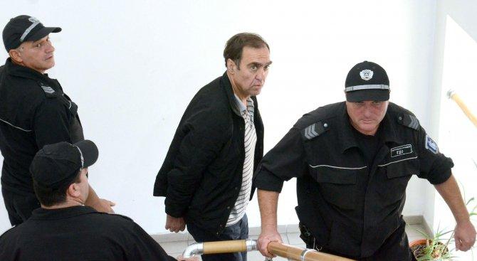 Делото срещу обвинения в изнасилване Евстатиев ще продължи догодина