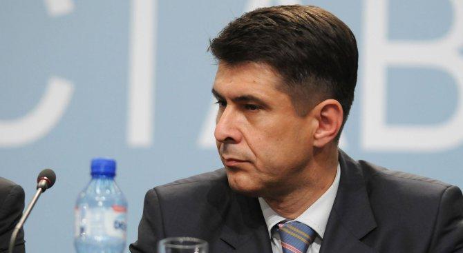 Димо Гяуров: Правомощията на ДАНС, дадени с новия закон, са притеснителни