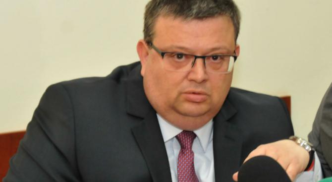 Цацаров доволен частично от европейския доклад за прокуратурата