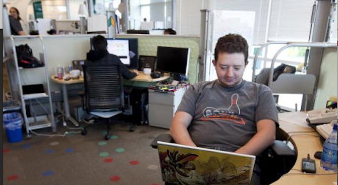 Програмистите печелят 45 бона на година