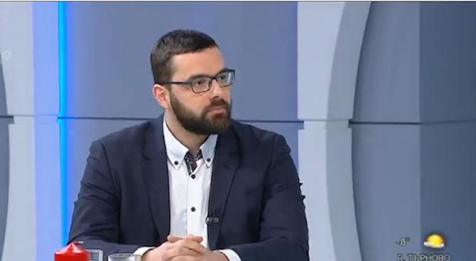 Стоян Мирчев: С мандата на РБ ни разиграват комедия с елементи на трагедия