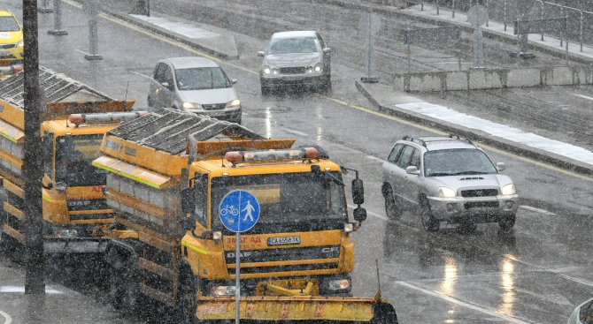 Фандъкова свика щаба за зимно поддържане на столицата