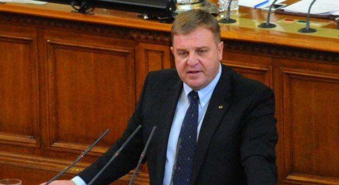 Красимир Каракачанов: Кабинетът изглежда уравновесен