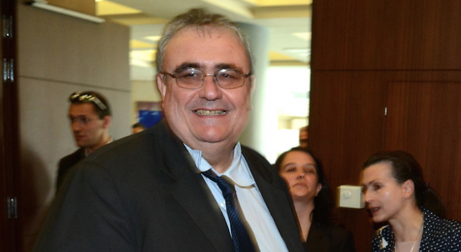 Огнян Минчев: На първо четене изглежда, че служебният кабинет е независим