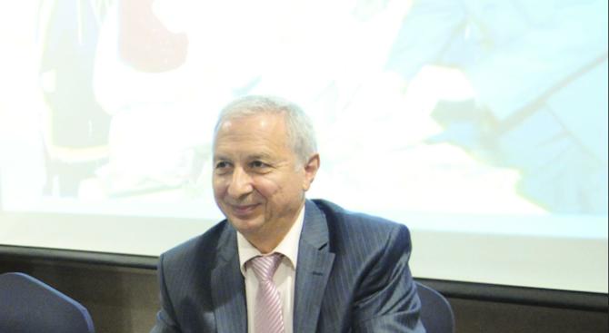 Вижте кой е проф. Огнян Герджиков