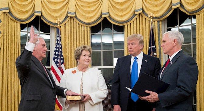 Рекс Тилърсън положи клетва като държавен секретар на САЩ