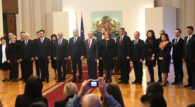 Вижте какви дългове са декларирали служебни министри