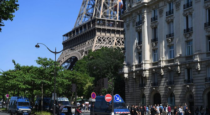 Атентаторите от Монпелие искали да взривят Айфеловата кула