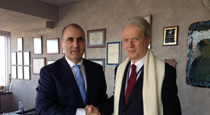 България трябва да запази водещото си място в ЕС, каза френският посланик на Цветанов
