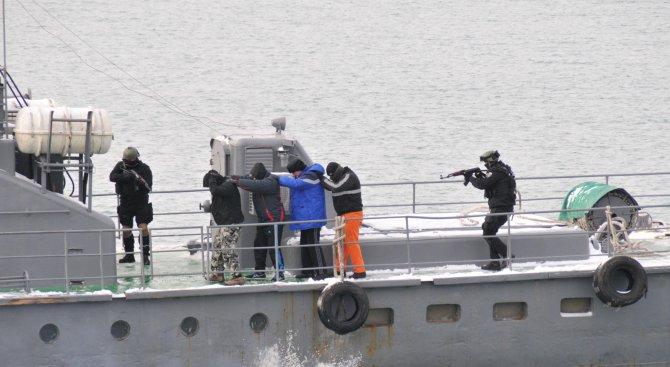 Увеличават сигурността в Черно море