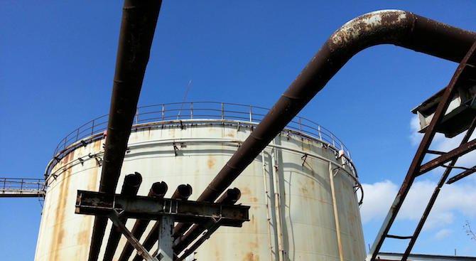 """Частично бедствено положение след пробойна в резервоар на девненския завод """"Полимери"""""""