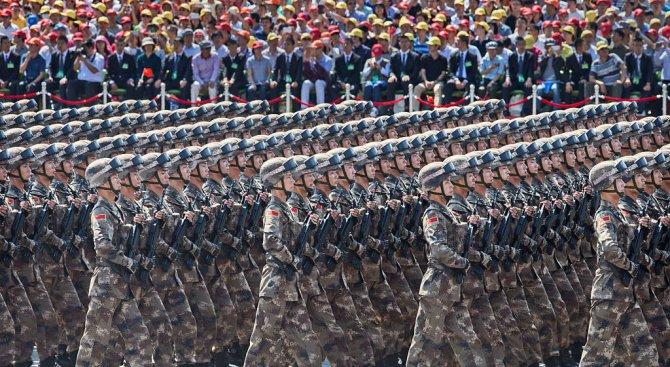Китай увеличава разходите си за отбрана за 2017 г. със 7 процента