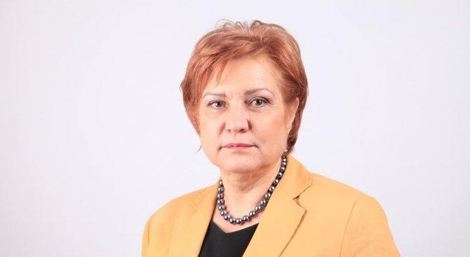 Менда Стоянова в Пловдив: При нов управленски мандат ГЕРБ продължава програмата за саниране