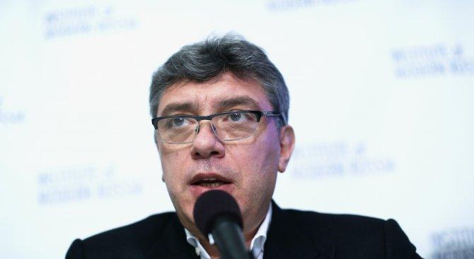 Повече руснаци искат паметник на убития опозиционер Борис Немцов