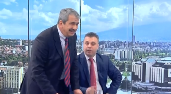 Бесен скандал в ефир: Евгений Михайлов от ДОСТ скочи яростно срещу Хекимян и националист заради Турц