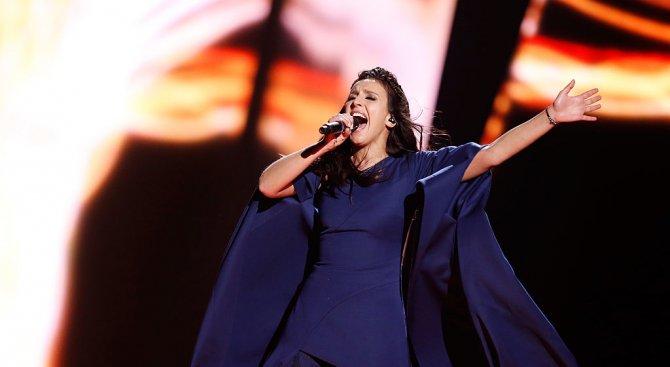 Киев спря руската участничка в Евровизия
