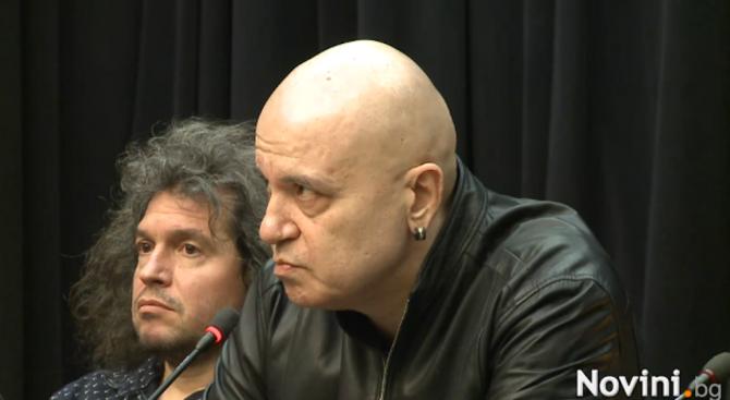 Слави Трифонов: бТВ ми наложи цензура (обновена+снимки+видео)
