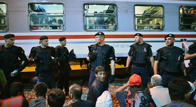 Унгария започна антиевропейска кампания заради мигрантите