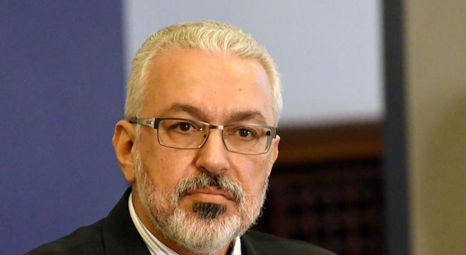 Reuters: Българският служебен министър на здравеопазването с обвинение за злоупотреба с власт