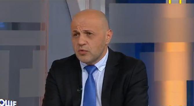 Не мога да изчисля кой е направил по-големи компромиси, посочи Томислав Дончев