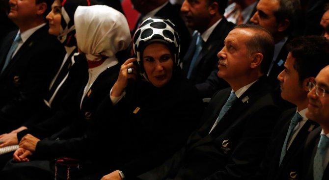Новата турска (полу)република: Мечтите и действията на Ердоган