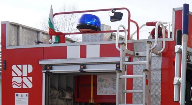 Пожар горя край фотоволтаичен парк