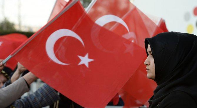 ЕС преустановява за неопределено време преговорите за присъединяване на Турция?