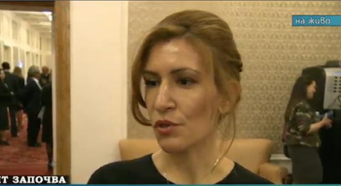Ангелкова: Трябва да се направи проверка в Министерството на туризма