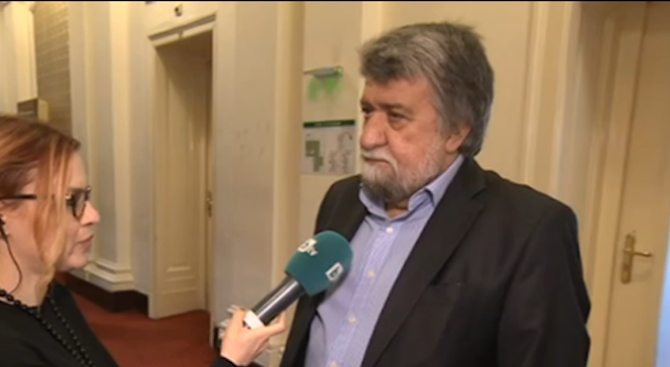 Вежди Рашидов: Ще помагам от парламента с каквото мога