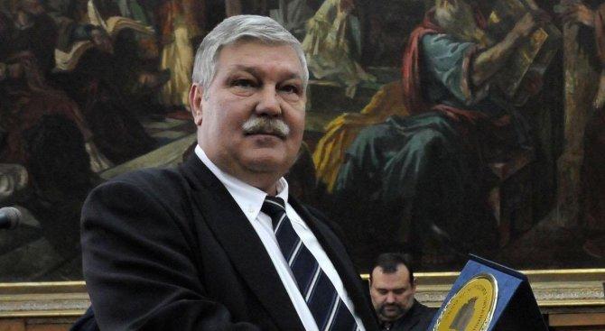 Почина бившият шеф на ВМА – Стоян Тонев (обновена)