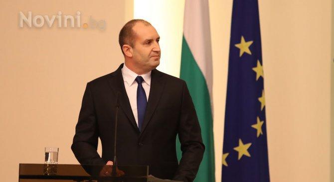 Радев: Засилването на приноса на НАТО в борбата срещу тероризма е важно