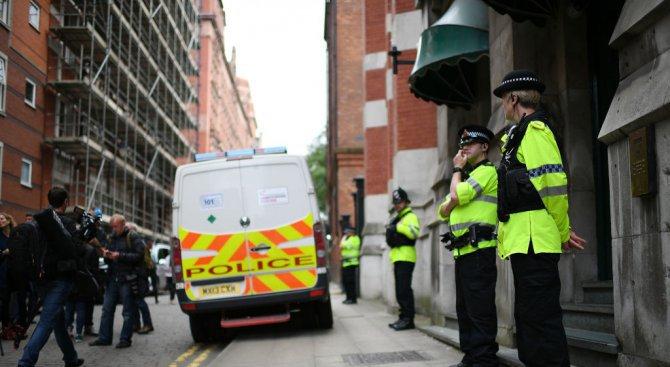 Възможно е атентаторът от Манчестър сам да е изработил бомбата си