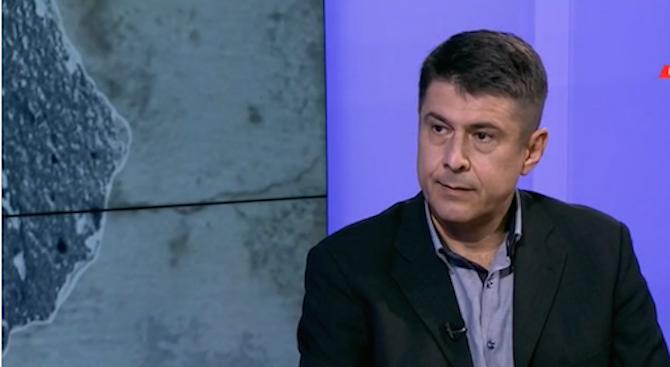 Димо Гяуров: Тръмп е нестабилен, положението му не е розово