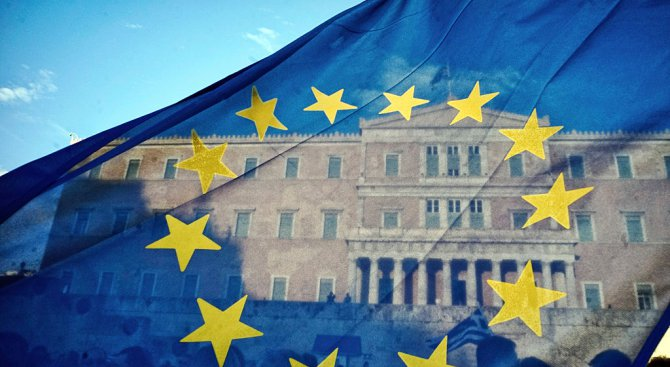 Гърция заплашва да се откаже от следващия спасителен финансов транш