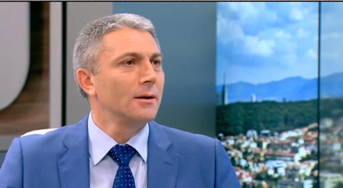 Карадайъ: Толерирането на крайни национализми във властта е опасно за България (видео)