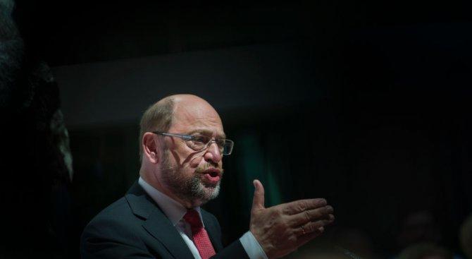 Мартин Шулц: Тръмп е рушител на западните ценности
