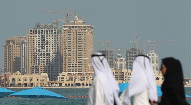 Катар преговаря с Иран и Турция за доставки на храни и питейна вода