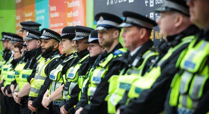 Почетоха жертвите в Лондон. Разкриха кой е третият терорист (снимки+видео)