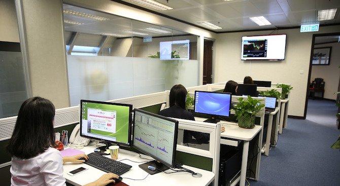 Работодатели следят служителите си с шпионска техника