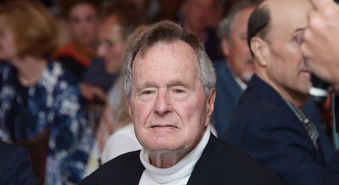 Джордж Буш-баща: Хелмут Кол беше истински приятел на свободата
