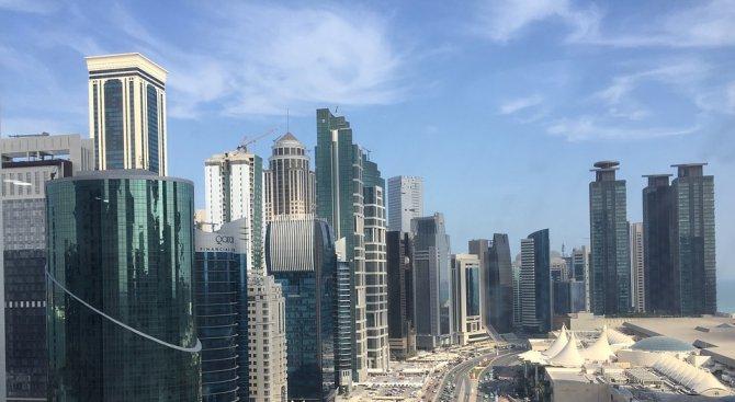 Катар наема правната фирма на бивш американски главен прокурор