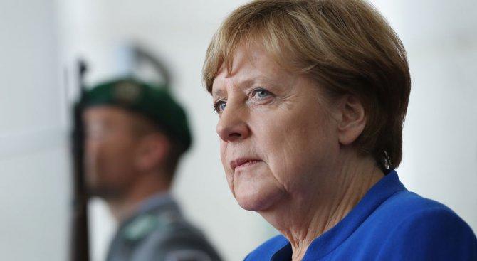 Меркел разтревожена от новите санкции на САЩ срещу Русия