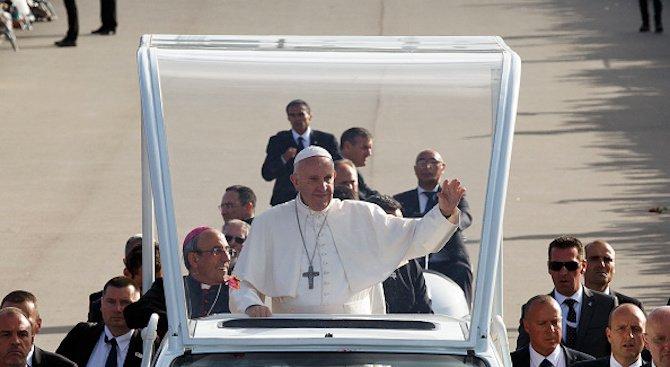 Папа Франциск замина на поклонническо пътуване из Северна и Централна Италия