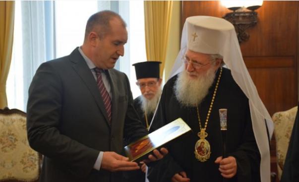 Румен Радев се срещна с патриарх Неофит