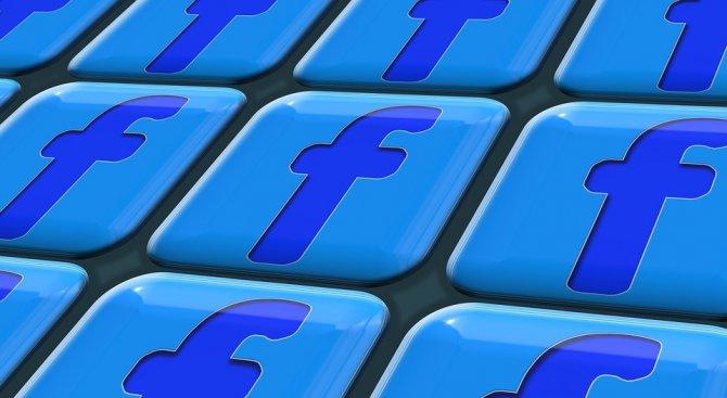 """800 млн. """"лайка"""" и още интересни цифри за Facebook"""