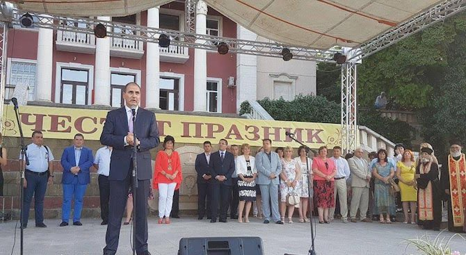 Цветан Цветанов бе официален гост на тържественото честване по случай празника на Лясковец (снимки)