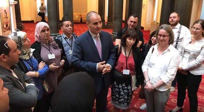 Цветанов се срещна с участниците в Лятната академия по демокрация