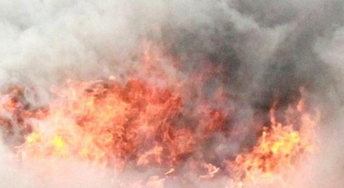 """Голям пожар горя в бургаския кв. """"Черно море"""""""