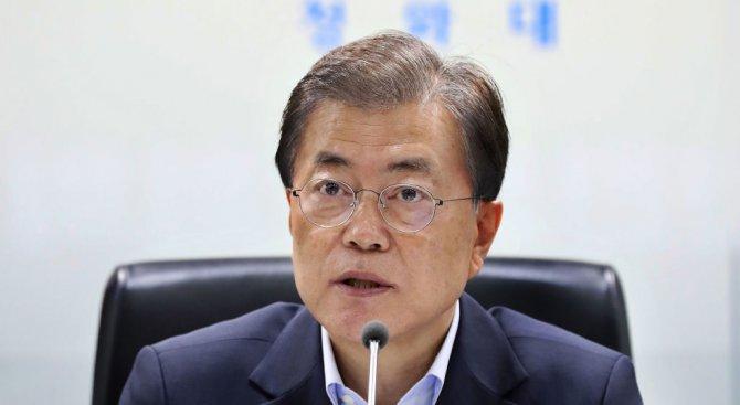 Южнокорейският президент призова за засилване на санкциите срещу Пхенян
